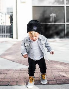 Best Baby Outfits For Family Photos